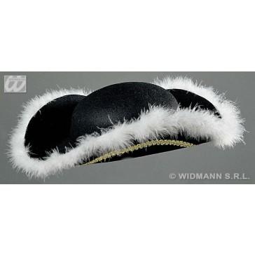 tricorns hoed met marabou decoratie