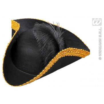 tricorn hoed met veren en klatergouden beslag