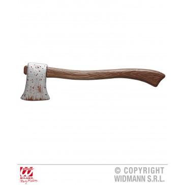 houten bijl met bloed